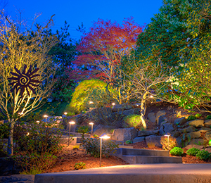 staggered-pathway-lighting